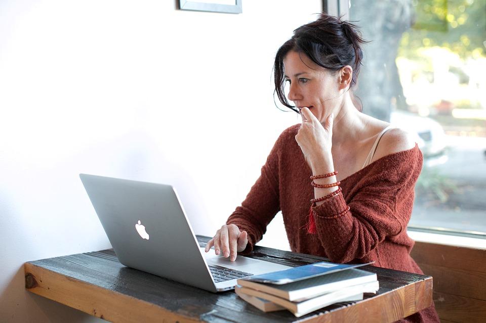 Trabalhar em casa: exercer a arte da escrita